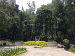 pepe guizar statue bosque los colomos guadalajara mexico